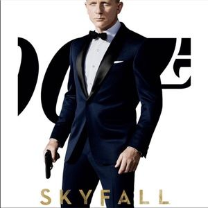 Other - James Bond style tuxedo. (093)